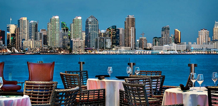 Diners at Coasterra can enjoy high-end Mexiccan cuisine with spectacular view of San Diego skyline