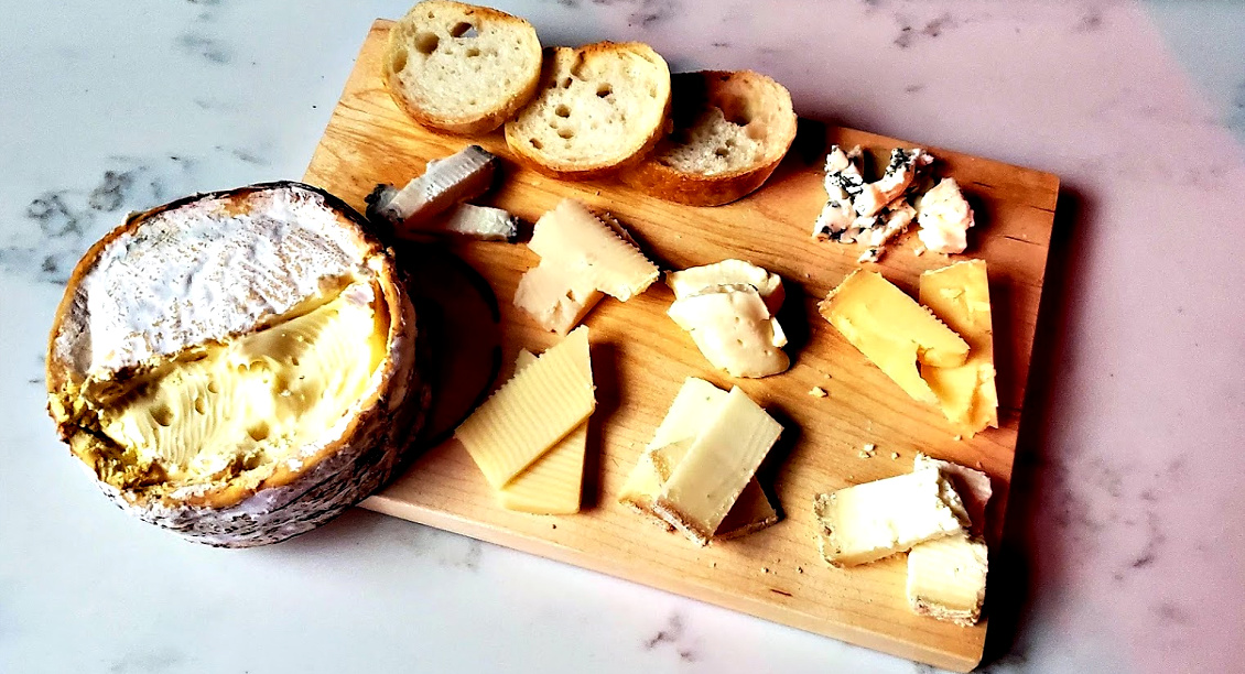 Delectation cheese board Picmoney