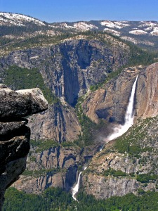 Yosemite Falls from Glacier Point Piicmonkey