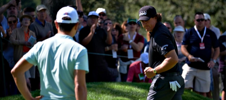 Phil Mickelson shows plenty of emotion at last year's Safeway Open